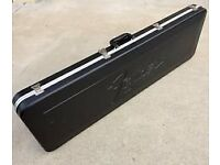 FENDER 1982 BASS GUITAR CASE.