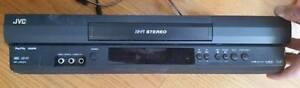 JVC HR-J692U Stereo VCR with remote.
