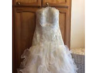 Amanda Wyatt wedding dress, size 12, ivory, sweetheart neckline, beautiful lace up back