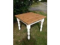 Pub Wooden tables