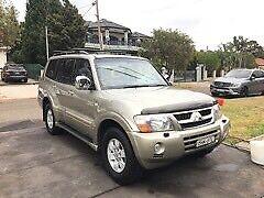 Selling Mitsubishi Pajero exceed 2004