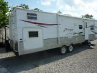 2010 ZINGER 32QB ..BLOWOUT PRICE...SLEEPS 10..PRICED TO SELL