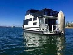 For Sale Three Bedroom Houseboat $85000 Mermaid Beach Gold Coast City Preview