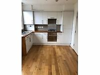 EMERGENCY ACCOMMODATION **DSS ACCEPTED** **NO DEPOSIT NEEDED** **IMMEDIATE MOVE IN**
