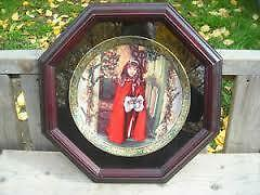 """Excellent Condition: """"Wrapped In Love"""" Collectors Plate"""