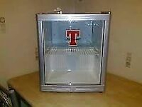 Tennents Table Top Display Fridge For Cans/Bottles etc In Good Clean Working Condition