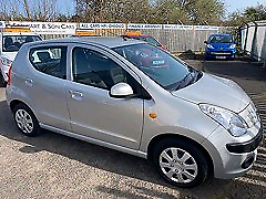 Small AUTOMATIC car wanted!! Cash paid!!