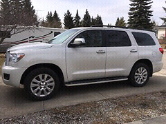 Gorgeous Toyota Sequoia!! Only 25km. Just like new!!