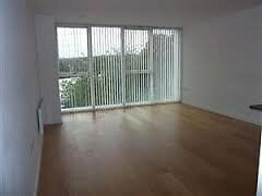 Airpoint Bedminster - One Bedroom Apartment with Private Parking space available - Mid August 17