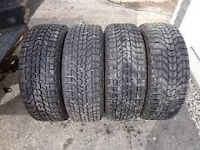 4 pneus HIVER 215/60R15 Firestone Winterforce