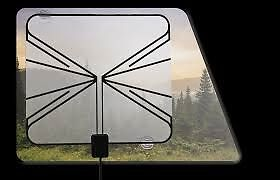 American-Motorhome-RV-Winegard-Rayzar-Window-Digital-TV-Ariel