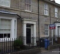 Basement flat in Grade II listed house. NrTown Centre, Five Lamps & Darley Pk £375inc Gas/Elec/water