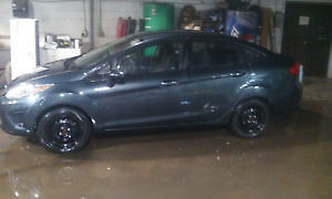 2011 Ford Fiesta Sedan Automatic $5000 certified and E tested