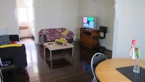 double Rm(2sgl beds) FF,A/C,bills incl. Nr ParkRD/BoggoRd station Woolloongabba Brisbane South West Preview