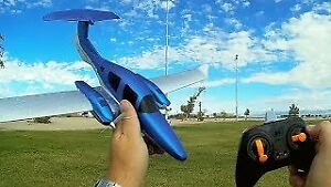 RC Airplane - Easy to Fly - 3-axis gyros - 548mm Wingspan - RTF