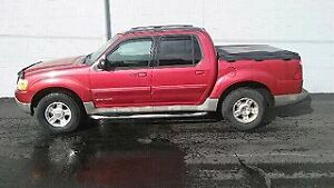 02 ford explorer sport trac 4x4! Great vehicle!