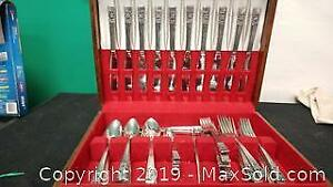 Silver plate Flatware Set In Canteen