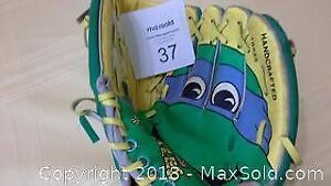 Donatello baseball / softball glove from 1980s