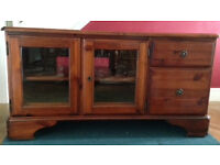 Wooden Ducal TV Cabinet with Storage Drawers and Glass Front