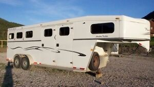 Reduced! Trails West Horse Trailer perfect for a weekender setup