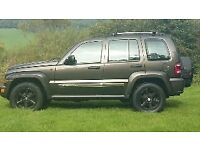 JEEP CHEROKEE LIMITED CRD A 2.8 TURBO DIESEL AUTOMATIC STUNNING