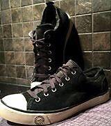 Ladies ugg sneakers Kitchener / Waterloo Kitchener Area image 1