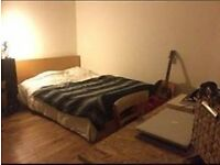 TWO VERY GREAT DOUBLE ROOMS AVAILABLE CLOSE TO THE MOST VIBRANT AREA