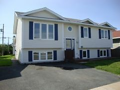 49 Eastbourne Crs - Quiet Family Main Floor Unit in  East End