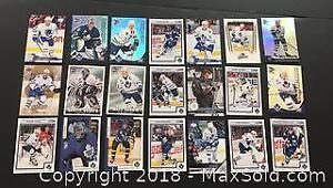 Lot of Hockey Cards - Toronto Maple Leaf Cards