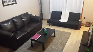 Amazing Student Rental-Steps from SLC and Queens