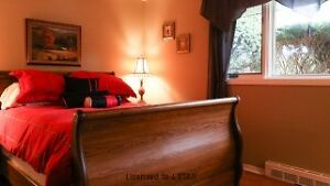 EXCELLENT RENOVATED NORTH 3 BEDROOM -DOUBLE GARAGE London Ontario image 3