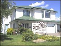Daily and weekly rates at the Pioneer B and B in Irricana