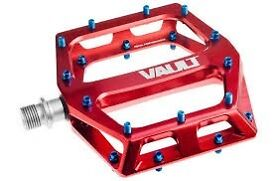 DMR Vaults BRAND NEW flat pedals Red with Blue pins
