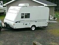 Small camper for sale year 2000 17 ft