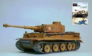 1,000 scale paper models plans of ships, tanks, airplanes on DVD