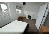 Brand new refurbished double room available for rent near Stratford station.