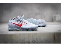 Selling Nike Air VapourMax Pure Platinum/White Red
