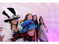 Amazing photo booth hire ; excellent for parties, weddings , corporate events etc...