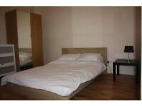 Very spacious dbl room close to tube station