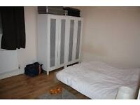 Very cheap double room in north London. Suitable for couple. Just 145pw. Call now