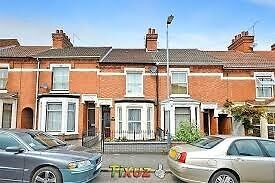 TO LET : RUGBY TOWN CENTRE 3 BEDROOMS TERRACE HOUSE