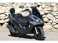 Daelim s3 125 scooter moped like Yamaha tmax size of a 500 very reliable