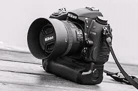 Nikon d7000 with grip and lenes