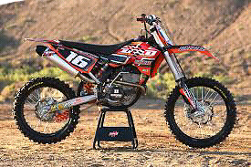 Looking to buy a 125/250 dirtbike