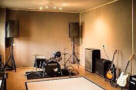 Looking for gananoque rehearsal space for rock band!