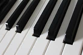 Piano lessons 5+