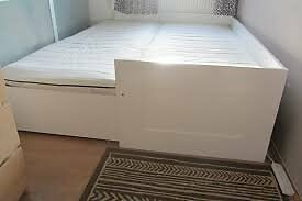 Brimnes day bed easily switches into single double daybed for Brimnes daybed ikea