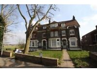 2 bedroom flat in Mount View Road, London N4