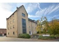 UNICORN YARD - Hopkins Built top floor two bed apartment with parking