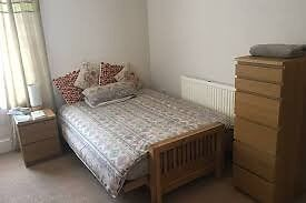 *NICE and COZY DOUBLE ROOM in MILE END!!!